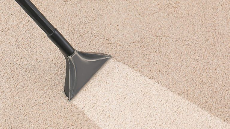 How to clean a carpet